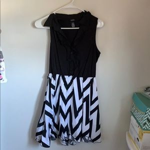 Formal black and white dress
